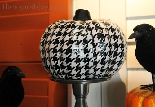 black and white houndstooth pumpkin