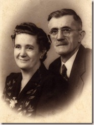 John and Anna Pakledinaz