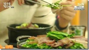 Let's.Eat.E16.END.mp4_003077507_thumb[1]