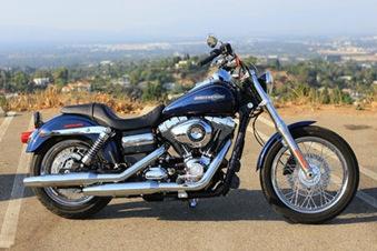 2012-Harley-Davidson-Dyna-Super-Glide