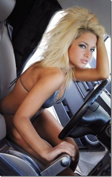 cars-women-hot-21