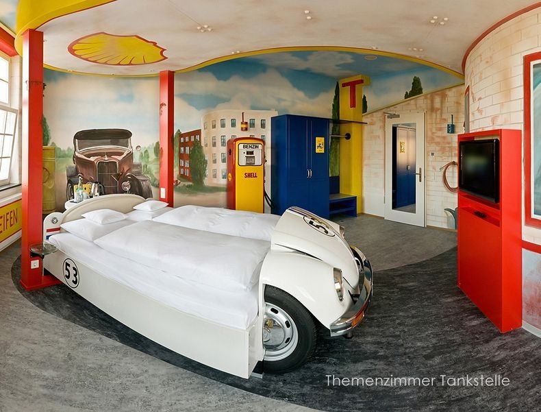 v8 car themed hotel in stuttgart germany amusing planet. Black Bedroom Furniture Sets. Home Design Ideas