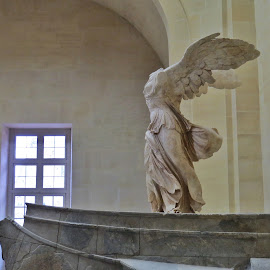 Nike of Samotracia by Marco Poli - Buildings & Architecture Statues & Monuments