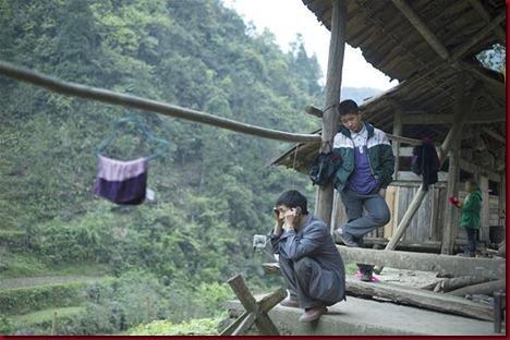 Murid Sangzhi Harus Panjat Tebing Untuk Sekolah7