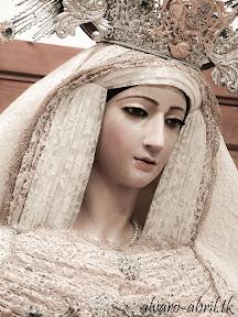 victoria-jaen-natividad-besamanos-rosario-veinticinco-aniversario-2012-alvaro-abril-(13).jpg