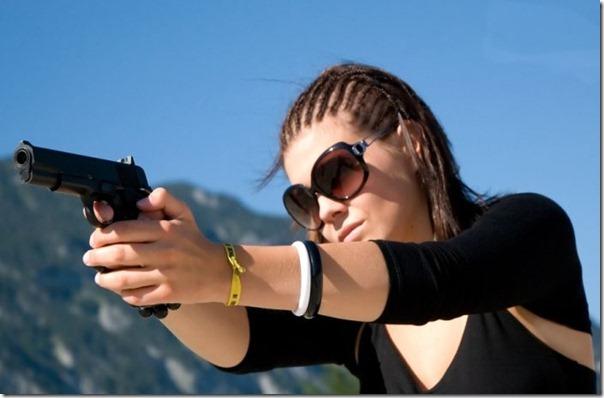 Mulheres com armas (11)