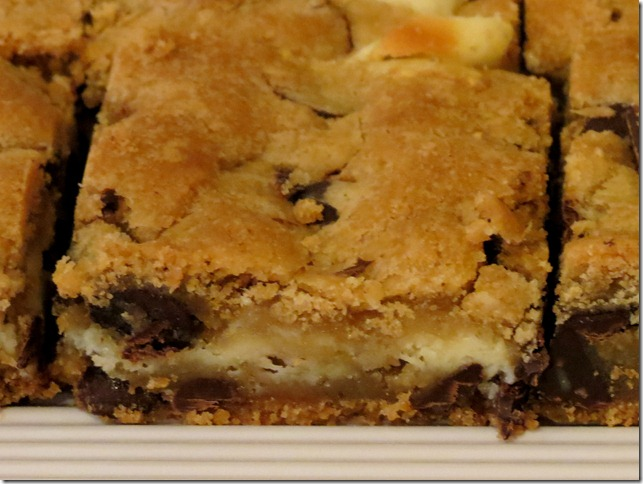Cheesecake Chocolate Chip Cookie Bars 3