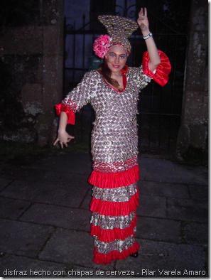 disfraz de flamenca con chapas de cerveza