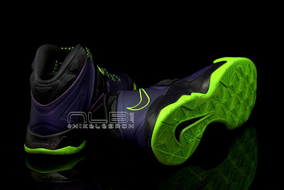 lebrons soldier7 purple volt 47 web black The Showcase: Nike Zoom LeBron Soldier VII JOKER