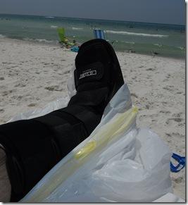 DSCN1495 beach boot