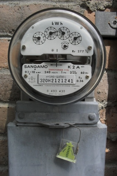 CC Photo Google Image Search Source is upload wikimedia org  Subject is Hydro quebec meter