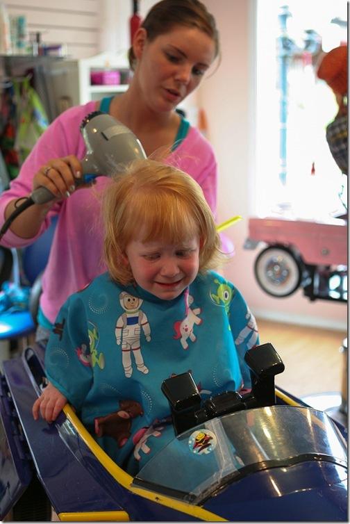 Sara's first haircut-18 blog