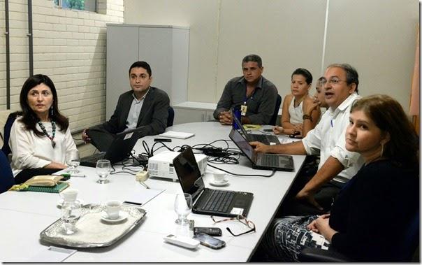 Fátima Amazonas ( Banco Mundial) e consultores do RN Sustentável 3Missão B M UGP 01.09.14 (2)
