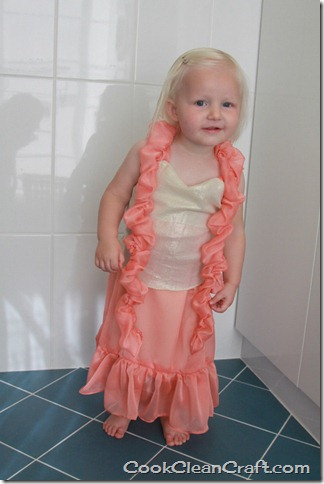 Peaches and Cream Barbie Dress (32)