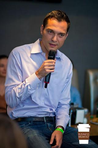Нейтан Блечарзік