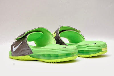 nike air lebron slide 3 volt 1 01 Air LeBron Slide 3 Elite Uses a Classic Dunkman Look