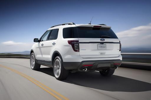 2013-Ford-Explorer-Sport-09.jpg