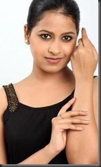actress sadhika new image