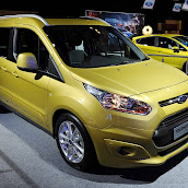2013-Ford-Tourneo-Connect-3.jpg