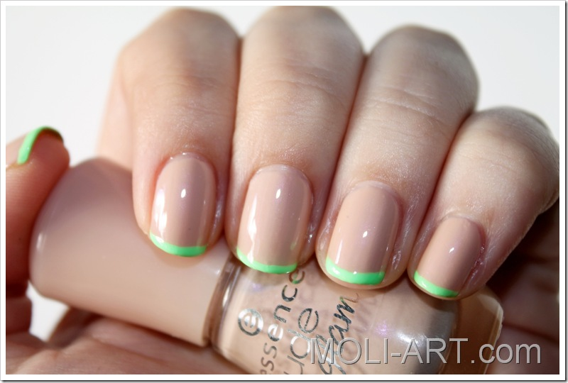 manicura-francesa-color-verde