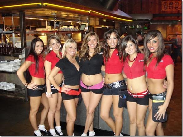 waitresses-happy-work-5