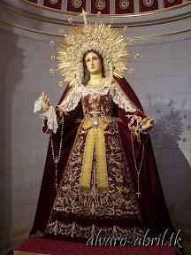 maria-santisima-del-sacromonte-vestida-para-el-mes-del-rosario-alvaro-abril-2013-(11).jpg