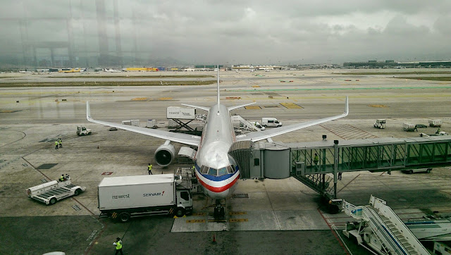 Avion de American Airlines en el aeropuerto de Barcelona. Lunes, 23 de marzo de 2015