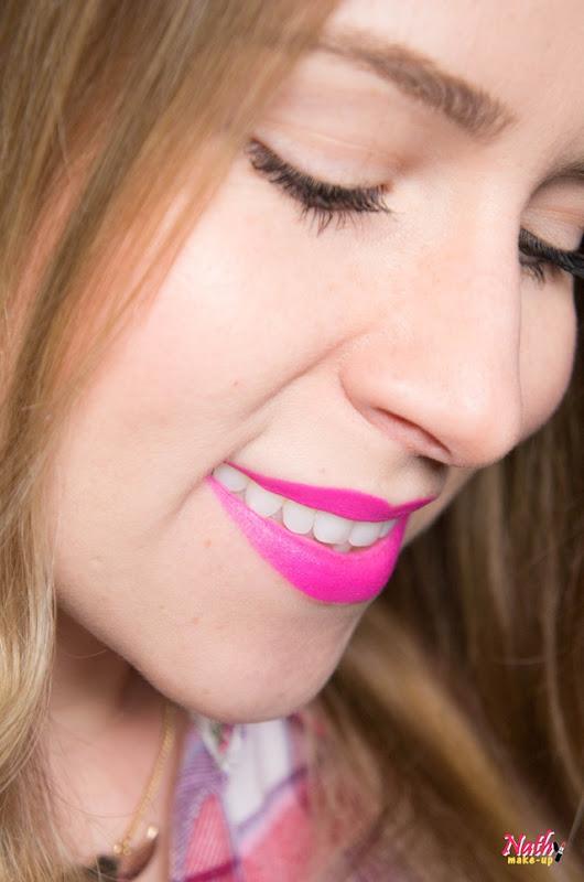 batom rosa barbie