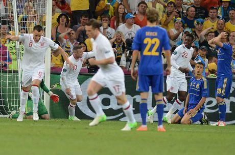 Inggris dan Perancis lolos fase grup D melaju ke babak perempat final delapan besar