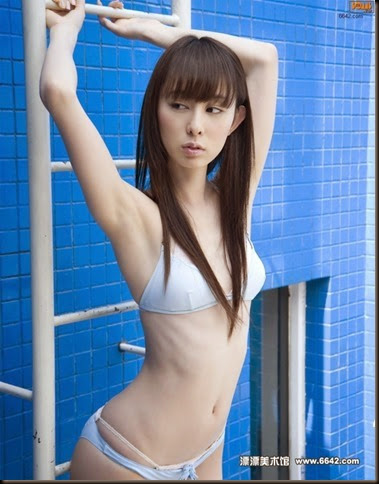 600full-rina-akiyama (11)