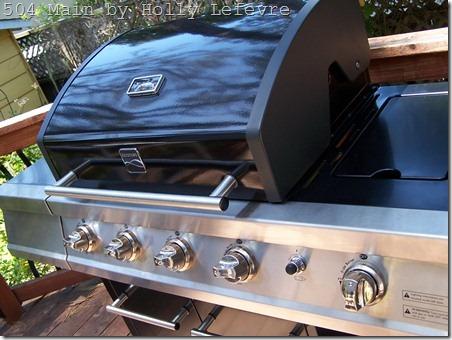 grill cover shut