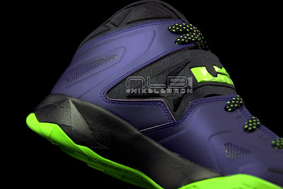 lebrons soldier7 purple volt 33 web black The Showcase: Nike Zoom LeBron Soldier VII JOKER