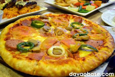 Pizza at Coco's South Bistro