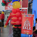 christmas warehouse sale sm mall of asia (36).JPG