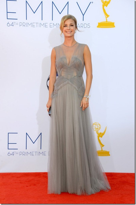 Emily VanCamp 64th Annual Primetime Emmy Awards DA7FKISme51l