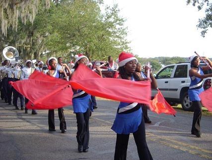 Beaufort_parade_flag girls (Medium)_thumb[3]