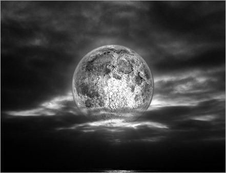 La Luna en el Mar