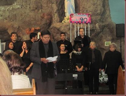 PRESENTACION CORO UNAP LUNES 27 DE MAYO GRUTA CAVANCHA (43)