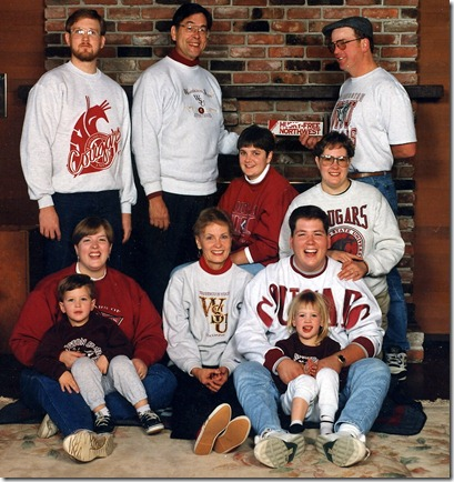 Todd Olson and his family of Cougars