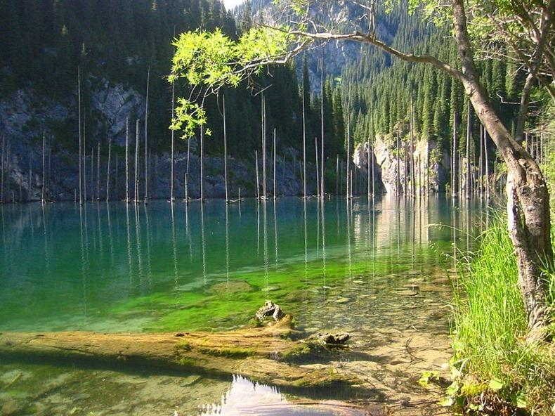 lake-kaindy-2
