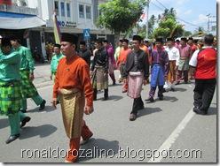 Pawai Budaya Kabupaten Kuantan Singingi di Hadiri Mambang Mit Wagub Riau 6