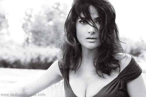 salma hayek linda sensual sexy sedutora gostosa peituda boob tits desbaratinando  (67)