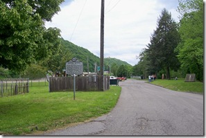 Daniel Boone marker, west of Charleston, WV in the Daniel Boone Park (Click any photo to enlarge)