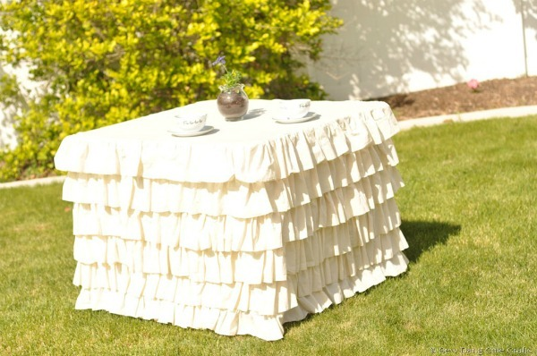 ruffled tablecloth tutorial