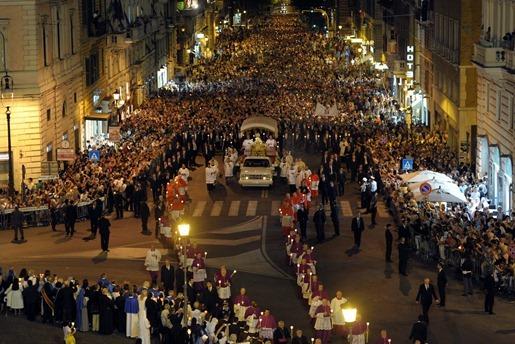 CorpusChristi_Vaticano_2012_Procissão-000