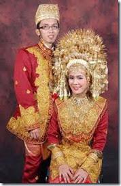 gambar baju adat minangkabau