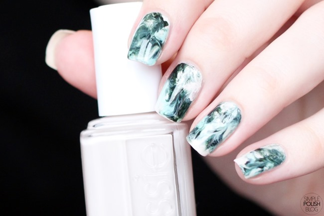 Dry-Marble-Nails-Saran-Wrap-Dark-Green-6
