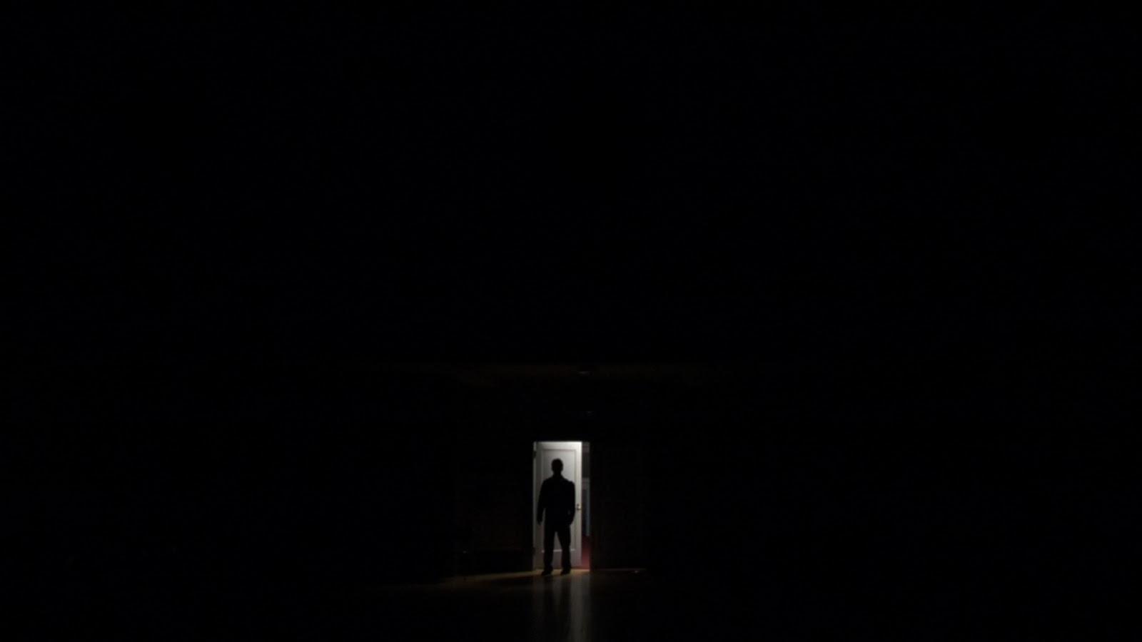 Siguiendo A Jesús: El Cuarto Oscuro