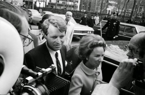 1 1968 Bob Kennedy announces for president