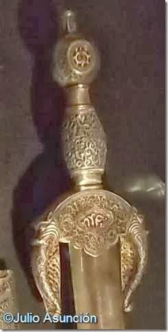 Espada de Boabdil - Detalle de la empuñadura